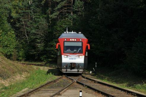 Traukiniai – ne vien transporto priemonė, skirta nuvežti iš vieno taško į kitą. Kelionė traukiniu taip pat gali būti ir prabangi. Udriaus Armalio nuotr.