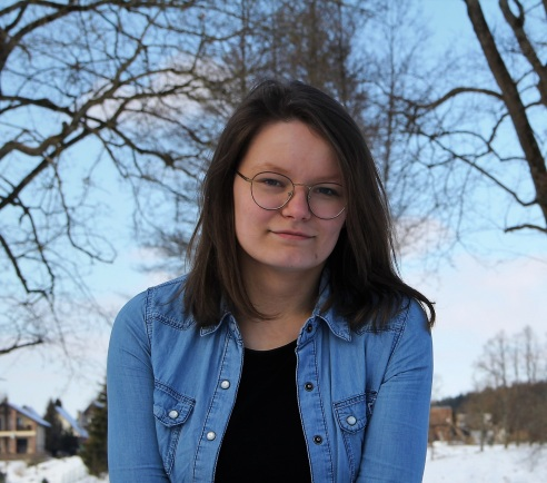 Ateityje mergina norėti dirbti tiriamosios žurnalistikos srityje, nuotr. iš asm. albumo
