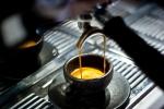 Puodelis iš kavos tirščių